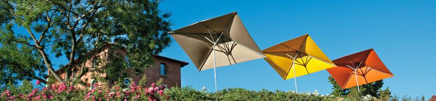 Meerdere rechthoekige parasols