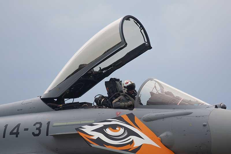 Straaljager met piloot